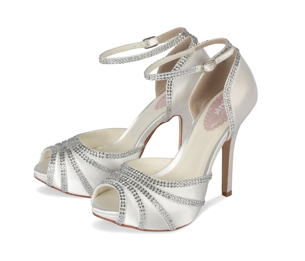 ca13ec40855a1 Svadobné topánky - La Fiaba - Blog