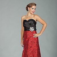 Červeno-čierne elegatné spoločenské šaty